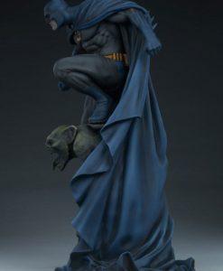 DC Comics Premium Format Figure Batman 57 cm