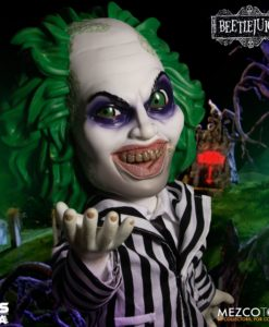 Beetlejuice MDS Mega Scale Talking Action Figure Beetlejuice 38 cm