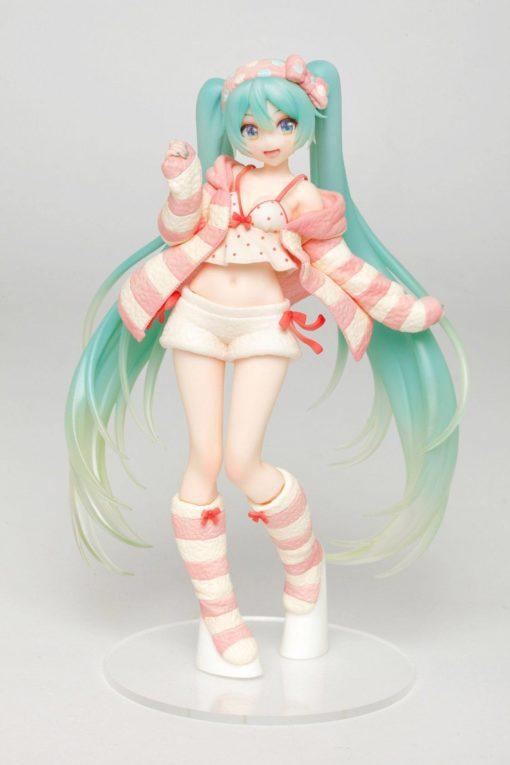 Vocaloid PVC Statue Hatsune Miku Room Wear Ver. 18 cm